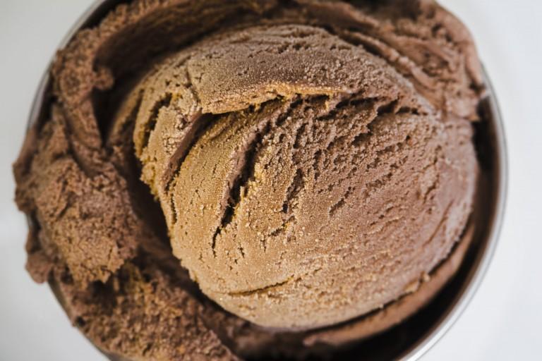 chocolate-ice-cream-in-container